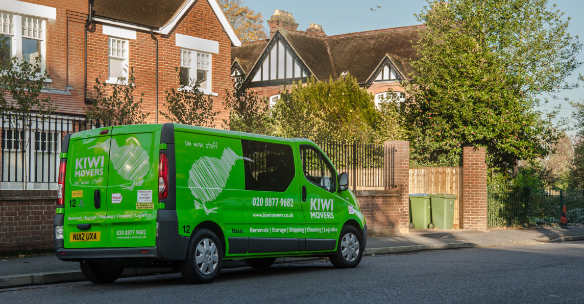 kiwi movers van